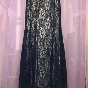 Night Way Collections Dresses - Nightway size 8 , Fitting dress until the bottom